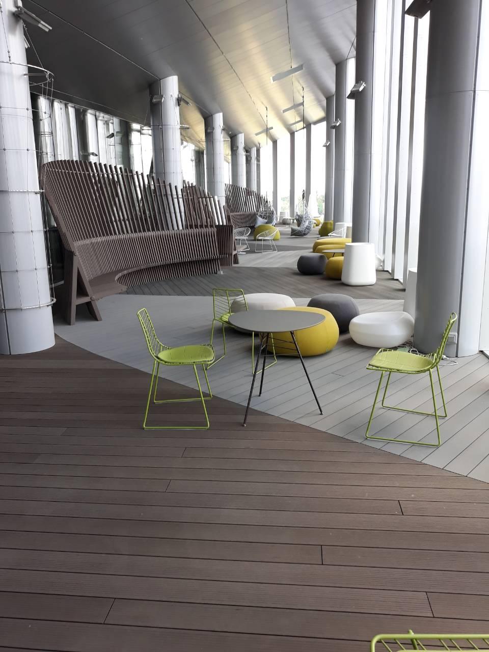 Viename iš šiuolaikiškiausių verslo centrų, Vilniuje, buvo įrengta moderni Inowood terasa