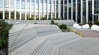 InoWood bio kompozito profiliai Park Town terasose, Vilniuje